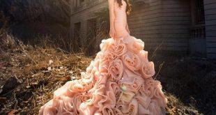 Một số mẫu thời trang váy cưới độc đáo cho mùa cưới năm nay